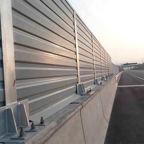 公路隔音墙的使用寿命是多长能回收二次利用吗?